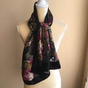 Foreve 21 floral scarf burnt out velvet